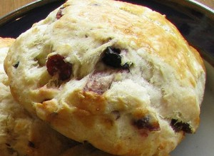 Breadworks White Chocolate Cherry Scone